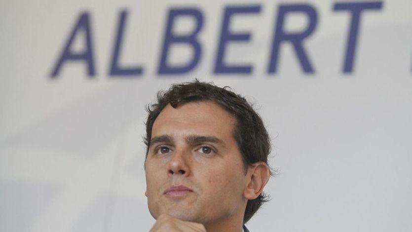 Cuando 'El País' y sus sondeos hacían con Podemos lo mismo que ahora hacen con Ciudadanos...
