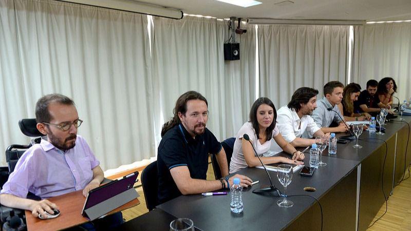 El regreso de Pablo Iglesias: 'Nuestra responsabilidad es que la España del 15-M gane a la de la guerra de banderas'