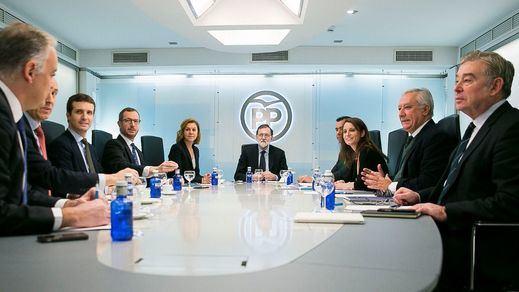 Alerta 'roja' en el PP: se ha perdido la mitad de apoyos y exigen a Rajoy poner fin a la fuga de votos