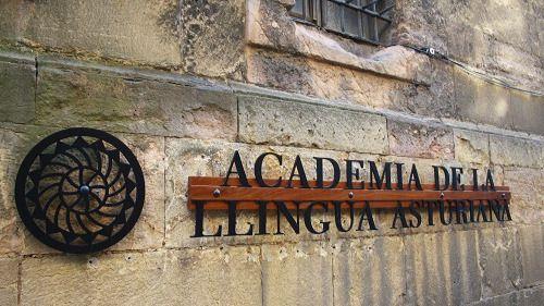 Asturias debate convertir el bable en lengua cooficial