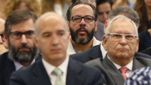 Crespo y 'El Bigotes' acusan a Camps de obligarles a hacer facturas falsas para financiar ilegalmente el PP de Valencia