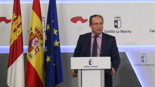 Castilla-La Mancha lleva las cuentas al día: encadena un semestre pagando en un máximo de 10 días a sus proveedores