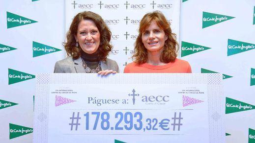 El Corte Inglés entrega a la AECC 178.293 euros para luchar contra el cáncer de mama