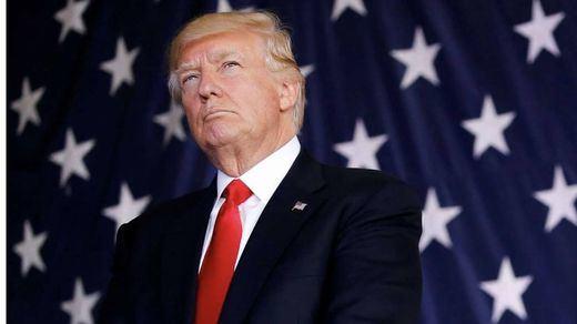 Trump aprovecha su discurso en Davos para reclamar al mundo más inversión en armamento