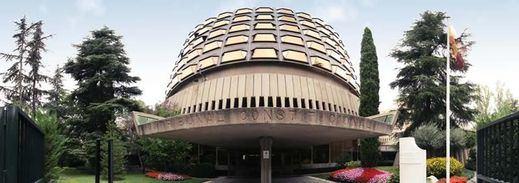 Los letrados del Constitucional recomiendan no admitir el recurso del Gobierno contra la candidatura de Puigdemont