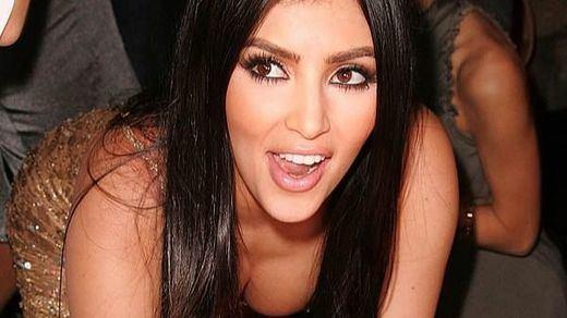 Kim Kardashian vuelve a encender las redes sociales con sus desnudos