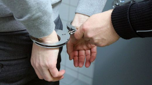 Los delitos cuando se es menor de edad