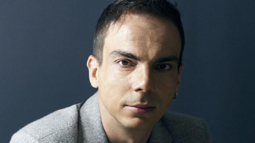 """Alberto Conejero, poeta y dramaturgo: """"Ojalá dentro de un siglo o dos alguien esté traicionando uno de mis textos"""""""