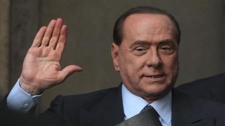 Berlusconi vuelve a sacudir Bruselas