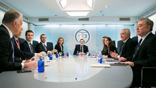 Cumbre del PP: no habrá quitas de deuda autonómica y se aplaza el debate sucesorio de Rajoy