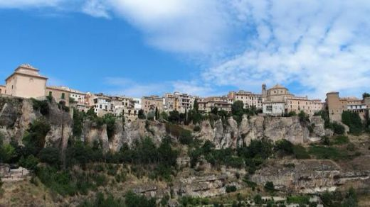 IU denuncia que muchos pueblos de la provincia de Cuenca presentan servicios esenciales caros y de mala calidad