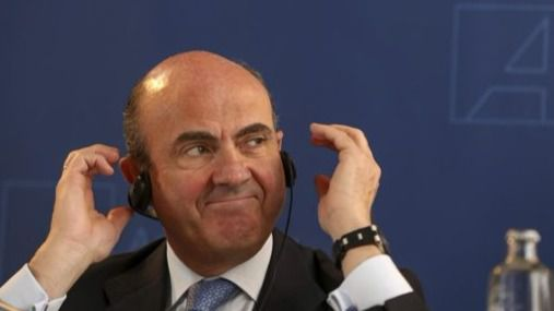 Sorpresa en Europa: los socialistas sí apoyarían a De Guindos mientras en España no le quieren en el BCE