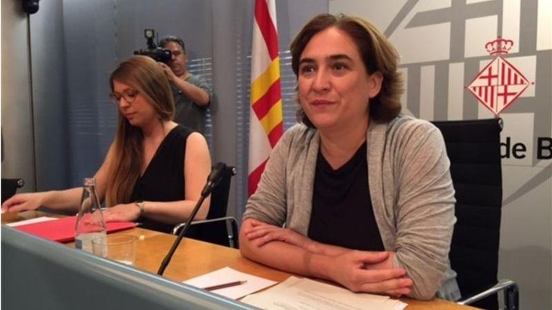 El Ayuntamiento de Barcelona reclama el 'acercamiento de los presos políticos'