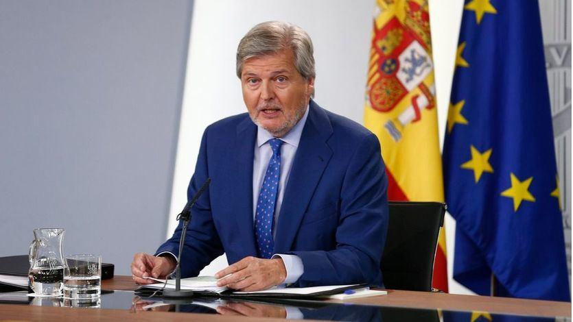 El Gobierno no aclara cómo modificará el modelo lingüístico catalán para ofrecer el castellano como lengua vehicular