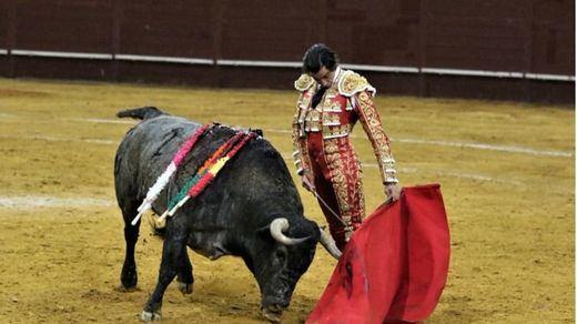El arte de Curro Díaz y la verdad de Emilio de Justo homenajean a Victorino en Vistalegre
