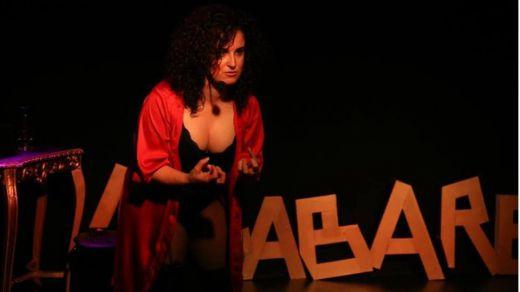 'Locabaret' o el cabaret con la loca terapia de la risa con la polifacética Teresa Cuesta