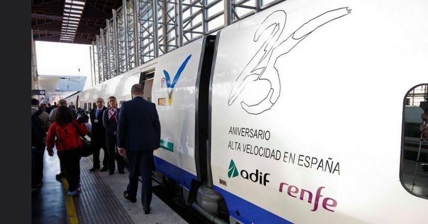 Renfe venderá 25.000 billetes de AVE a 25 euros el próximo domingo