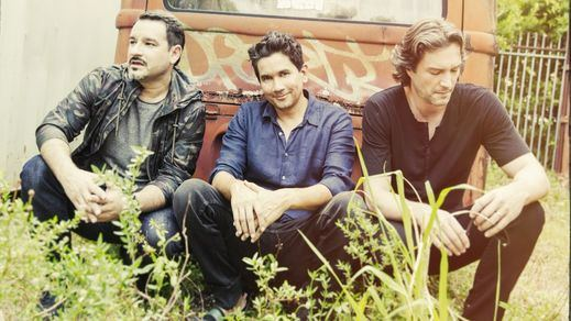 Minigira española de Bacilos, el más galardonado grupo de música latina