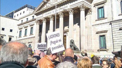 Los sindicatos vuelven a llamar a los pensionistas a tomar las calles