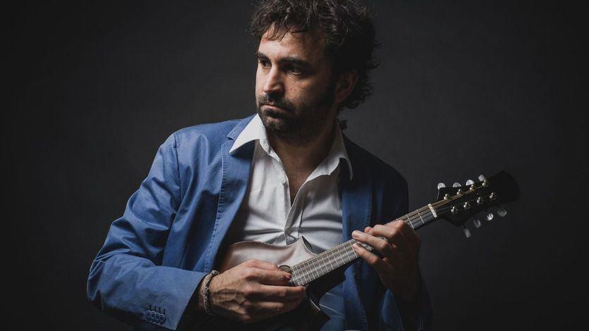 La mágica mandolina de Fernando Barroso borda todos los estilos en su reciente disco