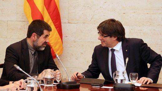 JxCat y ERC pactan que Puigdemont presida un 'Govern republicano' en Bruselas