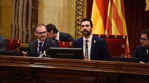 El Parlament evita reafirmar la DUI pese a la insistencia de la CUP