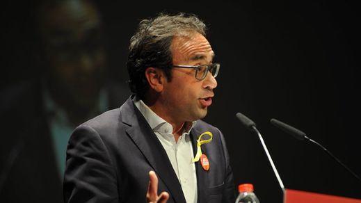 Guerra abierta en el independentismo: Puigdemont y Comín no renunciarán a sus escaños pese al 'portazo' de la CUP