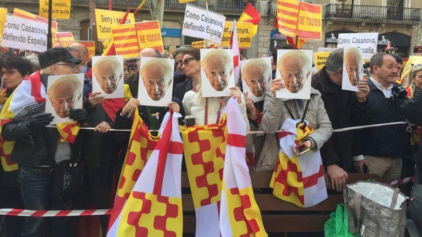 Miles de 'tabarneses' toman Barcelona para protestar contra 'la broma pesada del independentismo'