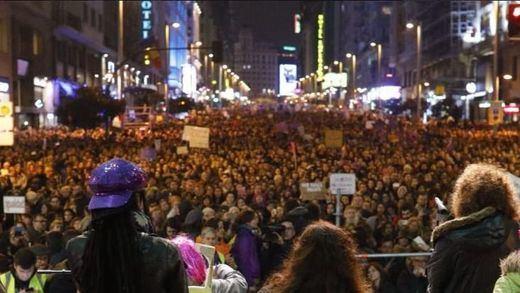 El feminismo desborda las calles, pero no evita la 'guerra de cifras'