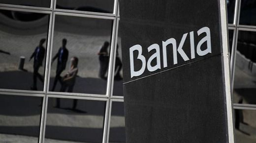 Bankia exime del pago de comisiones a más de 520.000 clientes con ingresos domiciliados procedentes de BMN