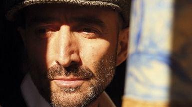 Javier Botella recorre 'Todo el camino'... que lo consagra como el mejor 'crooner' español (Vídeo con entrevista)