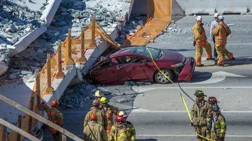 Al menos 4 muertos tras derrumbarse un puente peatonal en Miami