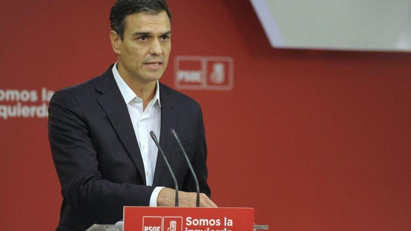Sánchez propone equiparar a la clase política la subida salarial del 0,25% de los pensionistas
