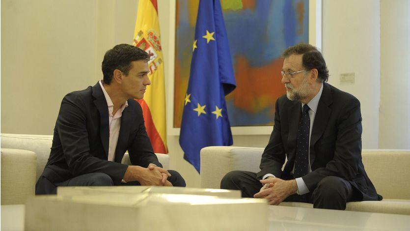 Pedro Sánchez y Mariano Rajoy en Moncloa
