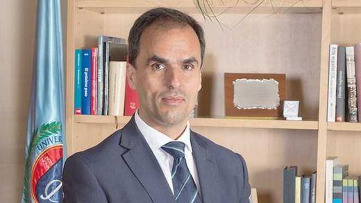 El rector de la Universidad Rey Juan Carlos niega