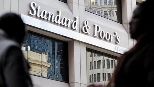 España aprueba el 'máster' de la deuda con notable: Standard & Poor's eleva nuestra nota