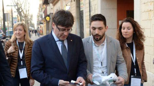 Caen detenidos también los acompañantes de Puigdemont por encubrimiento