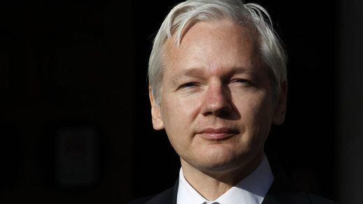 Ecuador incomunica a Assange por incumplir su compromiso de no interferir en cuestiones internacionales como el caso catalán