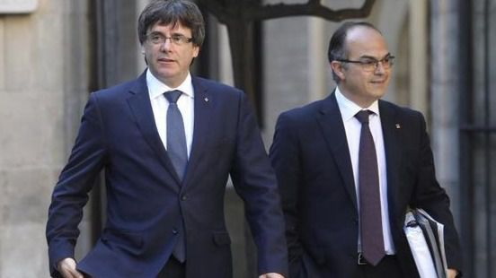 Así viven Puigdemont y Turull su paso de 'presidenciables' a presidiarios