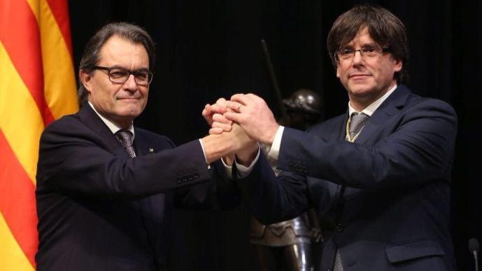 Artur Mas entierra políticamente a Puigdemont para lograr la paz y pasar página en Cataluña