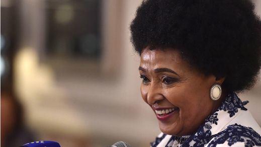 Muere la activista y política Winnie Madikizela-Mandela, ex mujer de Nelson Mandela