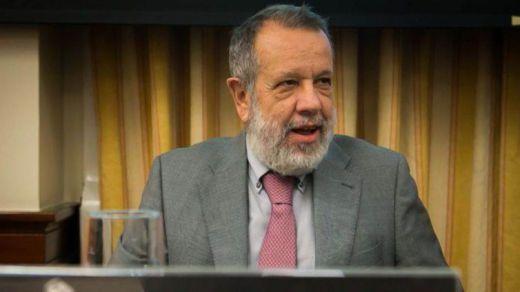 El Defensor del Pueblo no atiende las quejas y defiende la constitucionalidad del cupo vasco