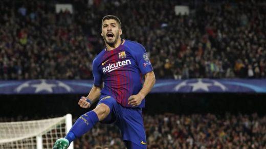 El Barça se pasea ante la Roma ayudado por la fortuna (4-1)