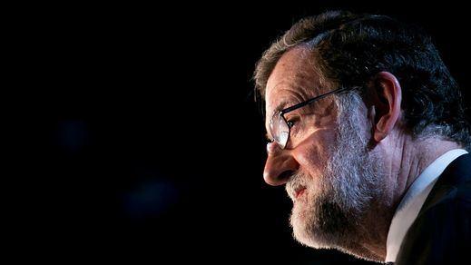 Rajoy evita ya apoyar en público a Cifuentes y Rivera le clava la puntilla