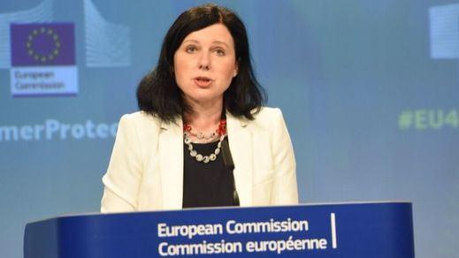 Varapalo desde Bruselas: la comisaria europea de Justicia respalda al tribunal alemán que no actuó contra Puigdemont