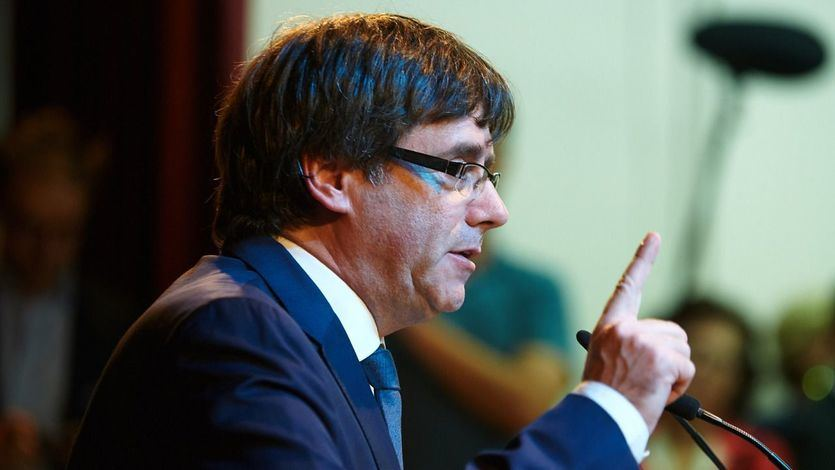 Los fiscales españoles muestran a los alemanes las pruebas de que Puigdemont cometió un delito de rebelión