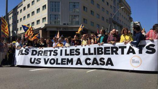 El independentismo vuelve a tomar Barcelona para exigir la libertad de los líderes encarcelados