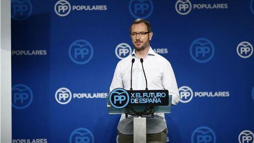 El PP aleja la dimisión de Cifuentes y reta a C's y PSOE a echar a Cantó y Franco