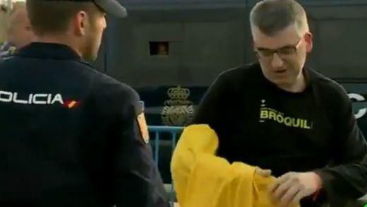 Zoido se desmarca pero aplaude el controvertido veto a las camisetas amarillas