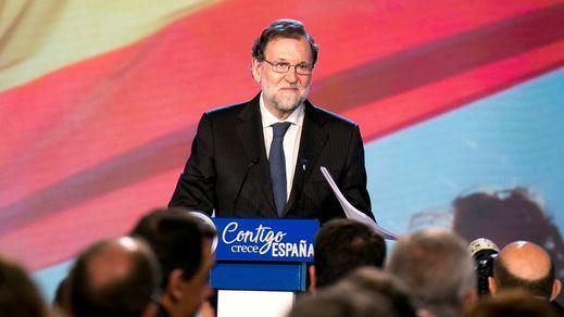 Rajoy permite que haya un nuevo gobierno independentista en Cataluña y evita que Ciudadanos alcance el cielo